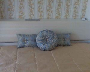 Декоративни-възглавници-спалня