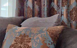 Завеси и възглавнички
